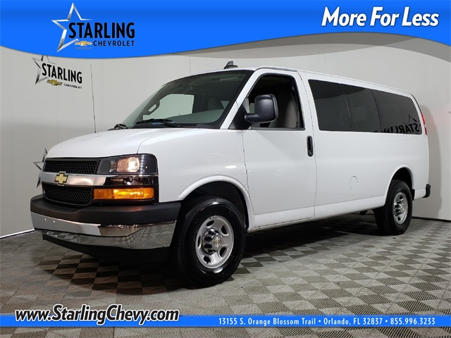 Certified Pre-Owned 2018 Chevrolet Express 3500 LT RWD Passenger Van
