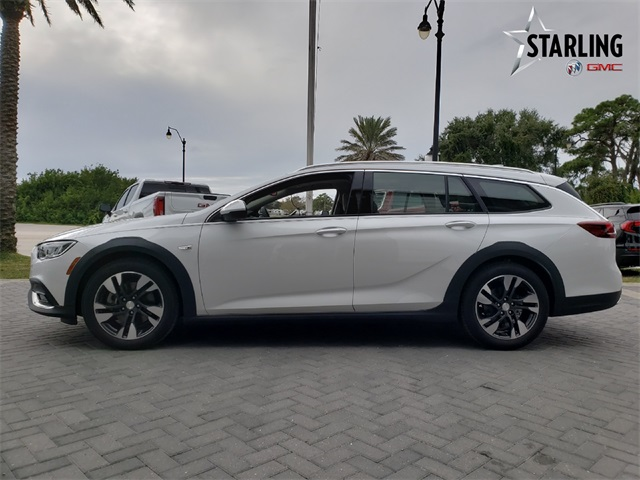 New 2019 Buick Regal Tourx Essence 5d Wagon In Venice K1016854